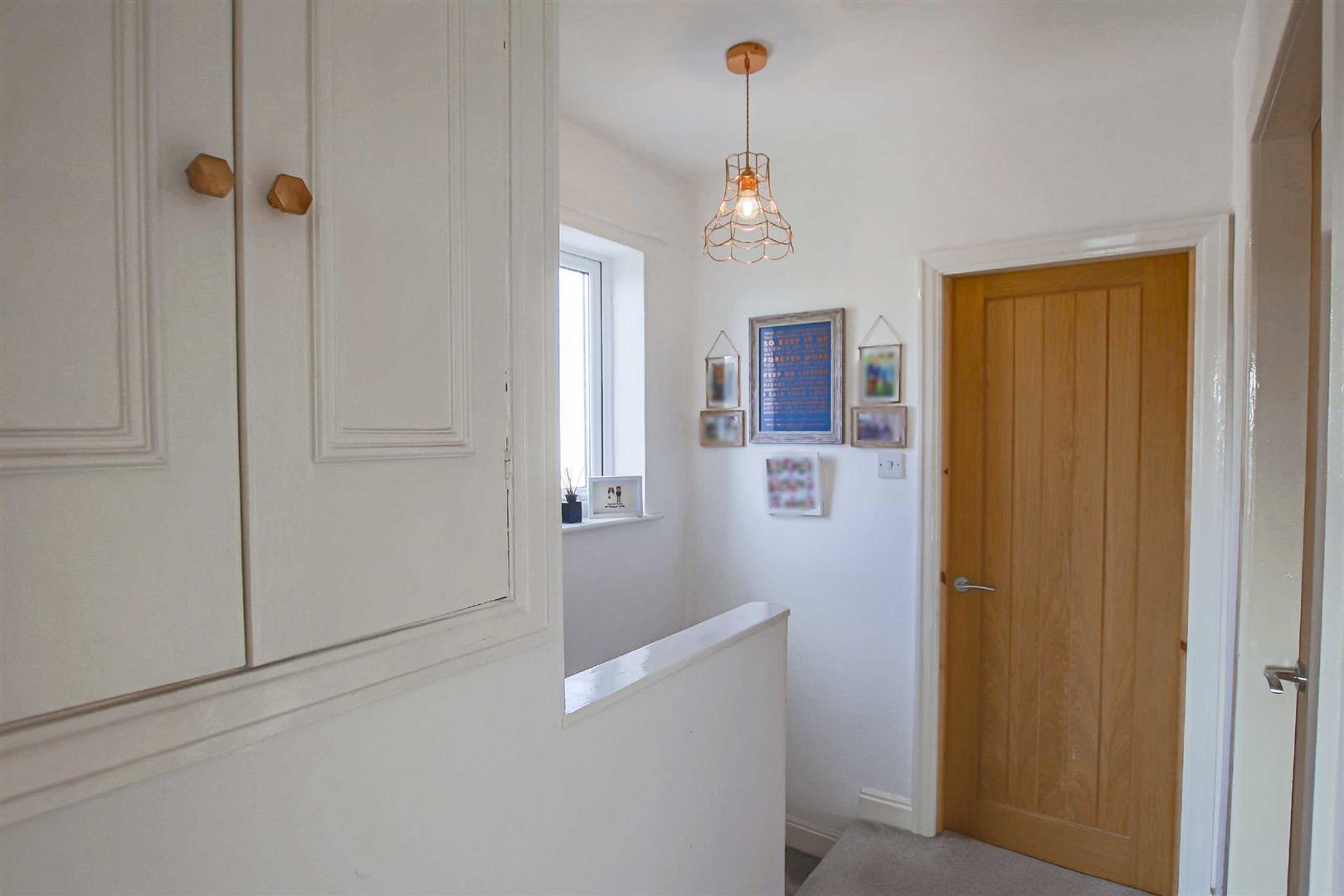 3 Bedroom Semi-detached House For Sale - Image 20